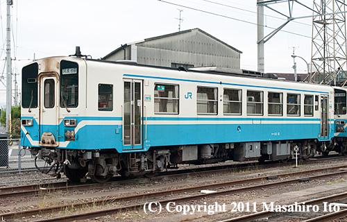 キハ32 12