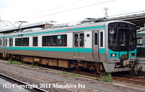 クモハ125-8