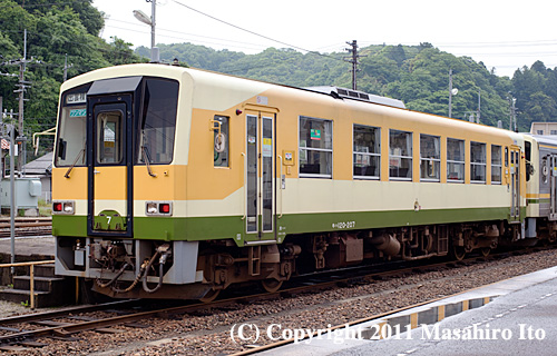 キハ120 207