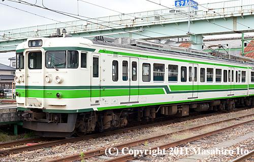 クモハ114-502