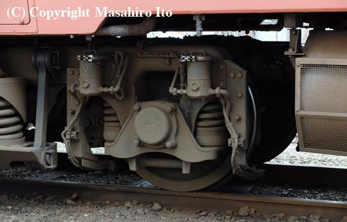 DT22Dに取り付けられたセラミック噴射装置(キハ40 2046)