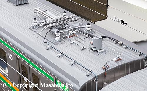 モハ205-604の予備パンタグラフ周辺
