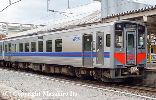 キハ126-13