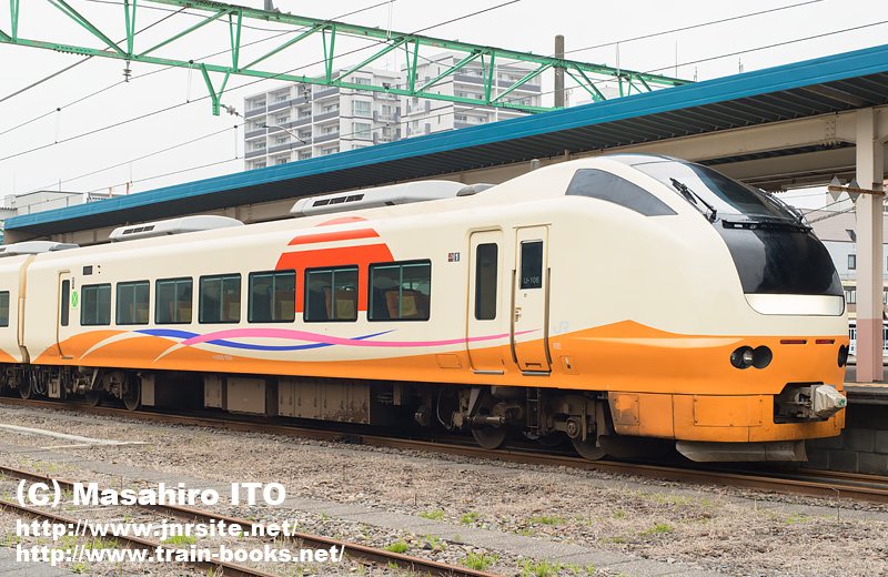 クロE652-1006