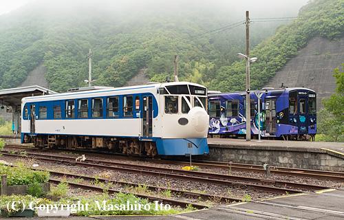 江川崎駅の早朝