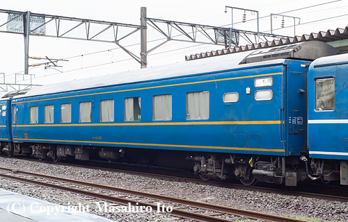 オハネ24 502