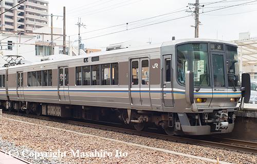 クハ222-1001