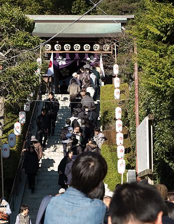 元日の荏柄天神社